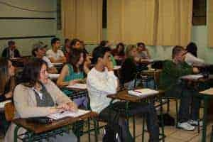 Enem 2014: Estudantes já podem pedir Certificado do Ensino Médio