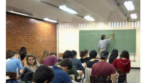 Apenas 115 escolas atingem nível mais alto na nota da redação do ENEM