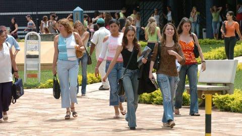 Congresso libera R$ 702 milhões para o Fies