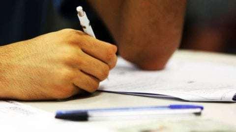 Corretores da redação do Enem alinham critérios de avaliação