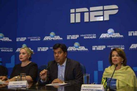 MEC quer lançar consulta pública sobre mudanças no Enem