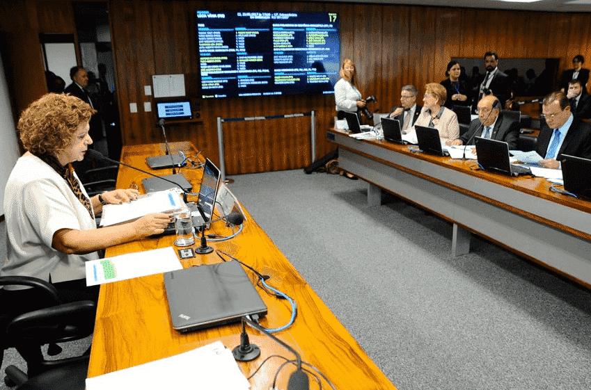 MEC deverá explicar obstáculos para isenção de inscrição no Enem 2017