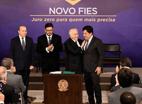 Sancionado o Novo Fies e mais vagas para 2018