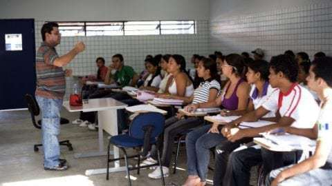 Estudantes já podem renovar os contratos do Fies 2018