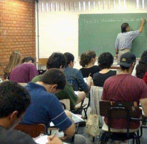 Como se inscrever no programa Idiomas sem Fronteiras