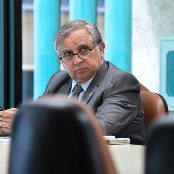Projeto apresentado por Senador propõe suspender editais do Enem 2020